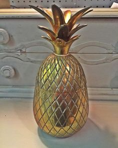 This vintage brass pineapple in HooNew is a steal at $59 but this week it is $49. You must show this post for sale price. #hoonew #chattanooga #midcentury #vintage #vintagedecor #vintagestyle #vintageshop #brass #pineapple