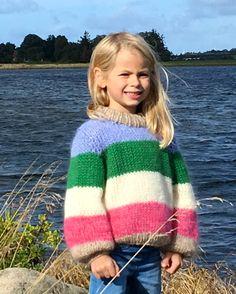 Colori barn Beige, Pullover, Sweaters, Fashion, Moda, Fashion Styles, Sweater, Sweater, Fashion Illustrations