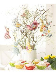 Sew Easter chick and bunny decorations -   These will brighten up your Easter table year after year