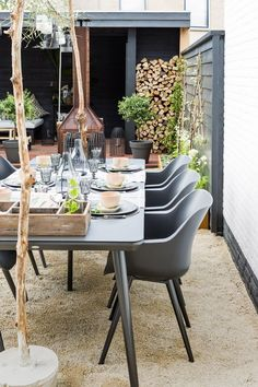 38 Small Terrace Design Projects to Maximize Your Small Space Outdoor Rooms, Outdoor Dining, Outdoor Tables, Outdoor Gardens, Outdoor Decor, Dining Area, Garden Furniture, Outdoor Furniture Sets, Low Maintenance Backyard