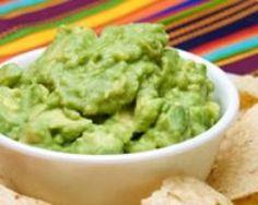 Cuisine Mexicaine: Guacamole facile (rapide) - Une recette CuisineAZ Je l'ai réussis du premier coup! Très bon pour les entrées accompagné de chips.