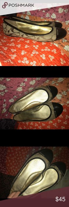 Coach Ballet Flats Signature Authentic Size 8 Gently worn, no flaws visible, gently worn, 100% authentic. Brown and tan with gold accents Coach Shoes Flats & Loafers