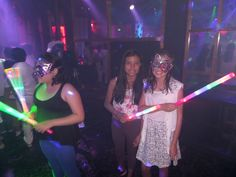 Dentro del paseo de colegios se incluye una fiesta en la discoteca donde los alumnos pasan un momento muy divertido com mucha música, disfraces y mucho más !!!