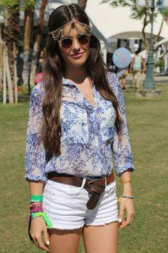 todas las imágenes de street style en el festival de coachella 2013: gafas de sol transparentes y tocado de cadenas