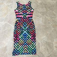 Multi-Color BodyCon Dress! Multi-Color BodyCon Dress! NEVER WORN! ✔️NO TRADE! Dresses