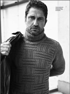 Photos from the Esquire/MX December 2015 issue! | Gerard Butler GALS