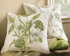 Beautiful pillow embroidery: