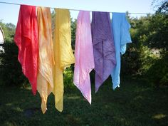 DIY silk play scarves!  I have been meaning to do this for over a year, but have not loved the marbled effect of silk scarves dyed with Kool-Aid - this tutorial offers the alternative of using food coloring with a solid, non-marbled, vibrant effect!  Wonderful!