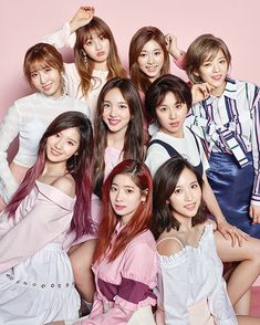 "284 Likes, 1 Comments - TWICE 트와이스 (@oncehearteutwice) on Instagram: ""BEAUTIFUL GROUP PHOTO AND MY NEW PROFILE PICTURETWICE x Ceci ❤️170425 Credit:…"""