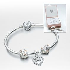If our Love Everlasting Gift Set doesn't WOW you, we don't know what will!! #Chamilia #DonJenkinsJeweler #LimaOhio #ValentineDay
