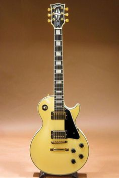 """1983 Gibson Les Paul Custom White """"How To"""" Producers Guide to DIY Home Music and Music Studio Projects Gibson Les Paul, Les Paul Custom, Gibson Guitars, Fender Guitars, Fender Bass, Acoustic Guitars, Guitar Solo, Cool Guitar, Guitar Picks"""