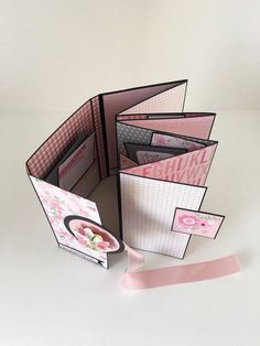 Album Photo de fille Scrapbook rose et noir les par CallMeCraftie