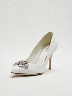 Wedding & Bridesmaid Closed Toe Shoe Lace Wedding & Bridesmaid Pump - Ivory, 6.5 Women's