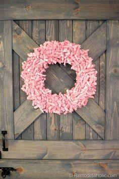 Paper wreath tutorial... Super CUTE!