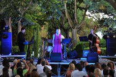 Eva i Fun Jazz durant l'actuació als Jardins de Santa Clotilde de Lloret de Mar. Foto: Ajuntament de Lloret de Mar.