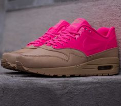 Nike WMNS Air Max 1 VT QS – Vacchetta Tan / Pink Flash