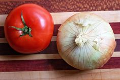 Summer Recipe Series: Tomato and Vidalia Onion Pie - Tamara Like Camera Home Recipes, Veggie Recipes, New Recipes, Dessert Recipes, Cooking Recipes, Recipies, Dinner Recipes, Favorite Recipes, Onion Pie