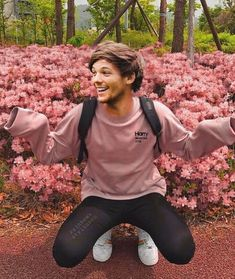 One Direction 38069559337872106 - Source by chanilefaou One Direction Wallpaper, One Direction Pictures, One Direction Memes, I Love One Direction, One Direction Collage, Louis Tomlinsom, Louis And Harry, Harry Styles Photos, My Sun And Stars