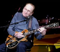 Les Paul - incredible, prolific life... Lester William Polsfuss (June 9, 1915 – August 12, 2009), known as Les Paul, was an American jazz, country, and blues guitarist, songwriter, luthier, and inventor.