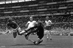 Sport, Football, World Cup Finals, Leon, Mexico, 14th June 1970, Quarter Final, West Germany 3 v England 2 (after extra time), England's Geoff Hurst (left) dives to head past German goalkeeper Sepp Maier, helped by defender Schultz, with Fichtel