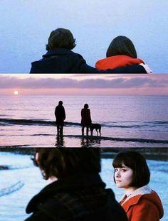 """""""Me gustaría que la vida se pareciera más a las teleseries americanas, de ese modo, cuando las cosas se pusieran dramáticas, podrías hacer un fundido en negro y dejar todo para otro momento."""" Submarine"""