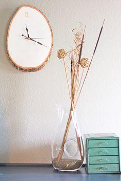 DIY Rustic Wall Clock.