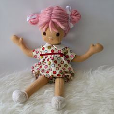 Phoebe and Egg are dress-able handmade dolls that feel wonderful, soft and squishy, because they are made out of such good materials. Pure wool felt