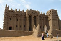 Located on the flood plains of the Bani River in the city of Djenne, Mali, the Great Mosque was originally built in the 13th century, but the current building only dates back to 1907.  It is considered by many architects to be one of the greatest Sudano-Sahelian achievements, and is the largest mud brick building in the world.