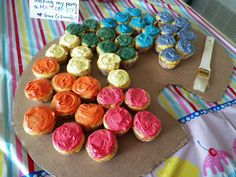 Painter's palette of cupcakes for my daughter's art birthday party