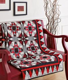 The Secret's in the Sashing by designer Tamara Barfels of Daisy Ridge Quilting.