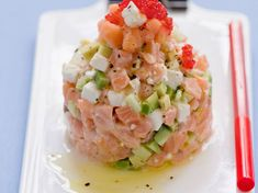 Discover recipes, home ideas, style inspiration and other ideas to try. Salmon Tartare, Steak Tartare, Healthy Drinks, Healthy Cooking, Healthy Recipes, Healthy Food, Ceviche, Fresco, Good Food