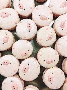 Party Hack – Decorated Macarons – Pink Milk & Ponies