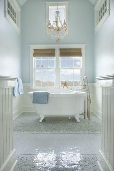 White and blue coastal style bathroom. #coastalbathroom