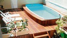 conserto de piscinas em geral piscina quebrada problema com os dispositivos dreno fora do nivel pintura reposição de areia no filtro laminação em geral presta serviços para domicilio condominios clubes orçamento gratuito