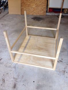 Bookshelf Chair : 15 Steps (with Pictures) - Instructables Old Chairs, Cafe Chairs, Dining Chairs, Furniture Making, Diy Furniture, Restaurant Tables And Chairs, Most Comfortable Office Chair, Ikea Chair, Chairs For Sale