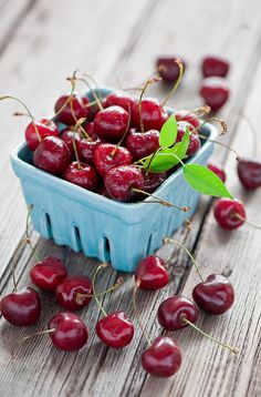 i love cherries! especially in summer :)