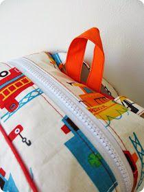*Tadaam !: DIY / Tuto : Sac à dos de maternelle Diaper Bag, Gym Bag, Creations, Blog, Tuto Sac, Diaper Bags, Duffle Bags, Mothers Bag, Nappy Bags