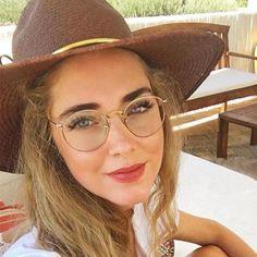 Hipster nerd Coachella look with ANTI BLUE glasses. Great look combined with . - Hipster nerd Coachella look with ANTI BLUE glasses. Great look combined with … – - Prescription Glasses Frames, Fake Glasses, Goggles Glasses, Affordable Glasses, Womens Glasses Frames, Glasses Trends, Coachella Looks, Lunette Style, Round Eyeglasses