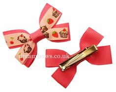 Pink cupcake design grosgrain ribbon hairbows on alligator clips - www.dreambows.co.uk #pinkbows #girlsbows