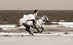 Luxury Scottish Weddings: Duke Wedding Photography