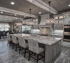 Kitchen Interior Remodeling Grey kitchen More - Elegant Kitchens, Luxury Kitchens, Beautiful Kitchens, Cool Kitchens, Grey Kitchens, White Kitchens Ideas, Cottage Kitchens, Custom Kitchens, Modern Kitchens