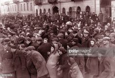 Crowds of Jews in the Warsaw ghetto, Poland, Poland History, Jewish History, Warsaw Ghetto, Never Again, Persecution, Women In History, World War Two, Wwii, Crowd