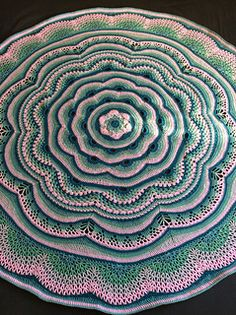 Tides of Change Round Afghan ~ Gorgeous FREE Crochet Pattern by Frank Orandle on Ravelry
