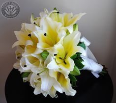 Bouquet of Yellow Oriental Lillies