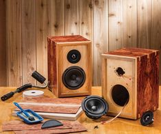 These DIY Bookshelf Speaker Kits allow do-it-yourselfers to custom-build their own home stereo speakers. Diy Bookshelf Speakers, Home Stereo Speakers, Wooden Speakers, Cool Bookshelves, Diy Speakers, Bluetooth Speakers, Diy Speaker Kits, Speaker Box Design, Wood Projects