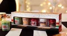 Filled with all of the Yankee Candle Q4 2016 Holiday Party Votive scents, this gift set is bold and bright.   A great Yankee Candle Christmas Gift for any fan, the set displays 5 festive votive