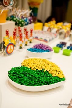 Rainbow Party with So Many Cute deas via Kara's Party Ideas | KarasPartyIdeas.com #RainbowParty #Party #Ideas #Supplies (13)