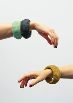 Bearing this in mind, we designed a bracelet consisting of hundreds (thousands?) of small links  http://www.claessonkoivistorune.se/?category=design,accessories#/projects/torus/