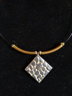 Colgante arcilla polimérica. Polymer clay pendant.