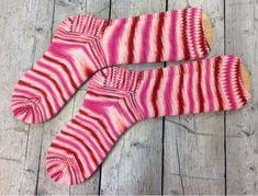 """Marits skriverier: """"Jernbane i hagen"""" - nye sokker!"""